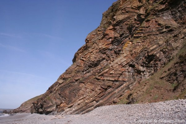 Chevron folds in a spectacular cliff